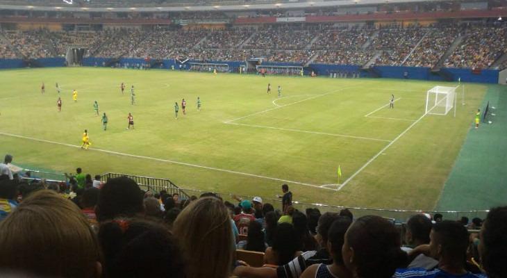 b78bb49bc0 Iranduba bateu recorde no futebol feminino e fez frente ao masculino com  bom público na Arena